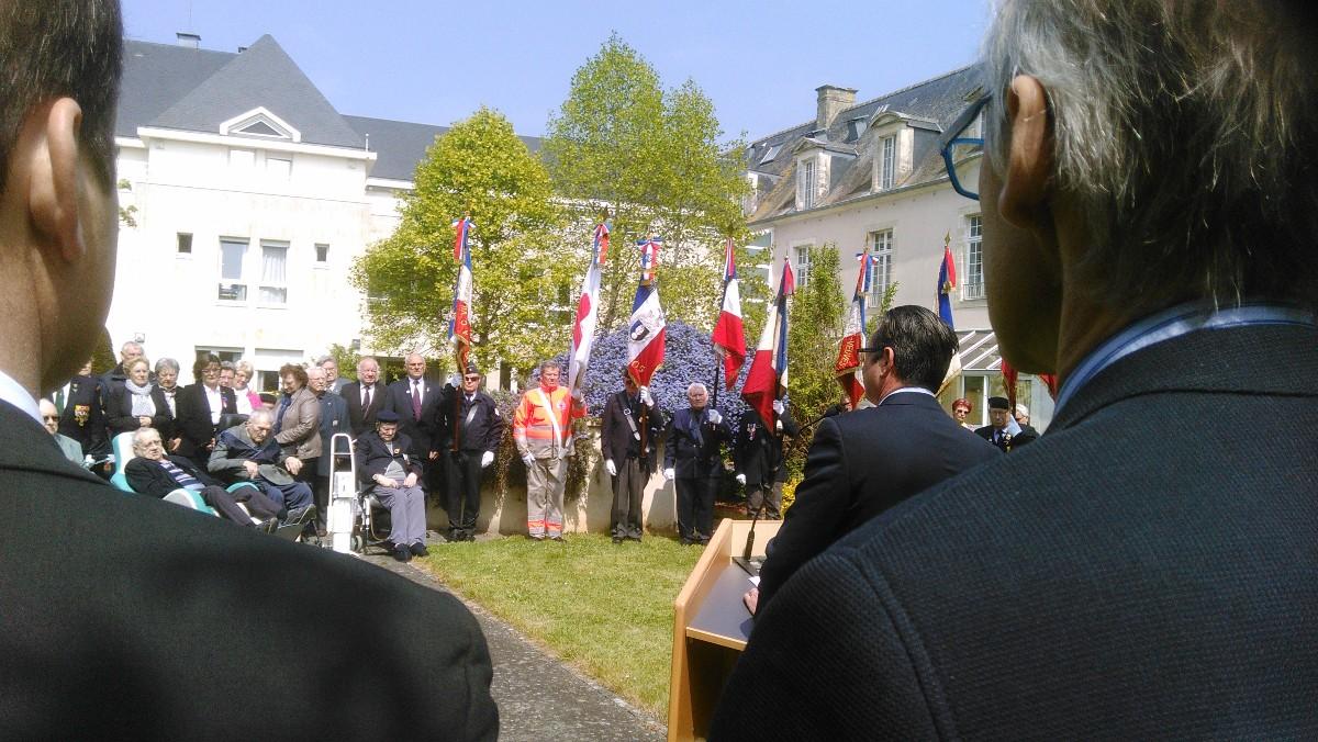 drapeau UD 14